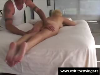 mamma tracy acquires massage with cunnilingus end