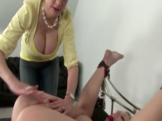 busty aged stimulating subs clit manually