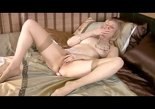 d like to fuck in nylons toys and fingers