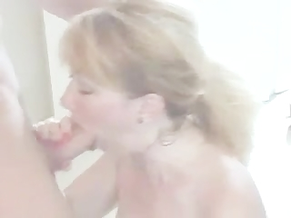 sexy older mamma talks dirty and give good bj