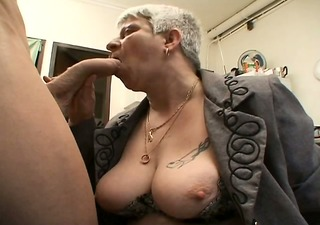 murielle a chubby french aged in a threesome