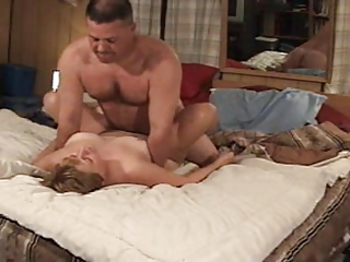 amateur wife acquires cumshot on her face