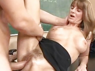 pale older brunette acquires her hairy twat