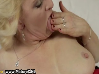 horny blond mature housewife widening
