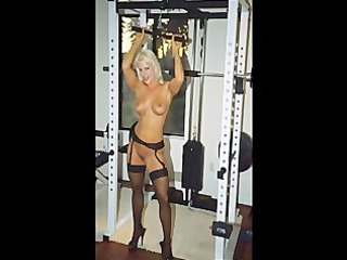 picture clip fbb golden-haired muscle bodybuilder