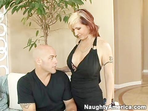 slutty cougar receives fucked right