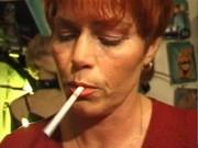 kira red mature german plumper smokes a cigarette