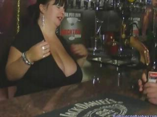 bulky british mature barmaid with huge marangos