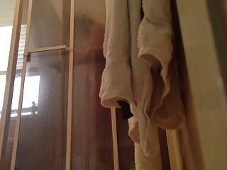 peeping on mama showering with door open