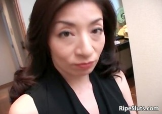 mature asian bitch gets he soaked shaggy