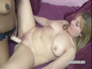 lesbian kelly bonks curvy liisa with her strapon