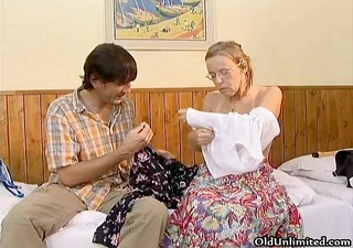 horny housewife goes crazy engulfing part2