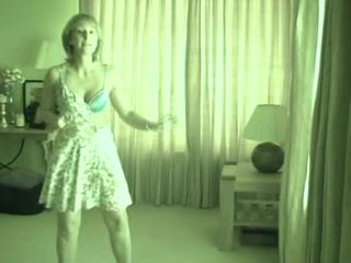 sexy hawt dancing french milf