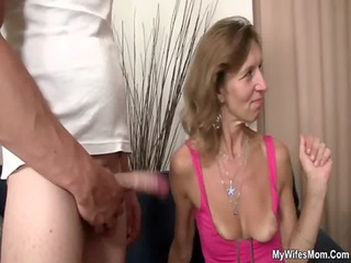 she watches her old mamma receives fucked