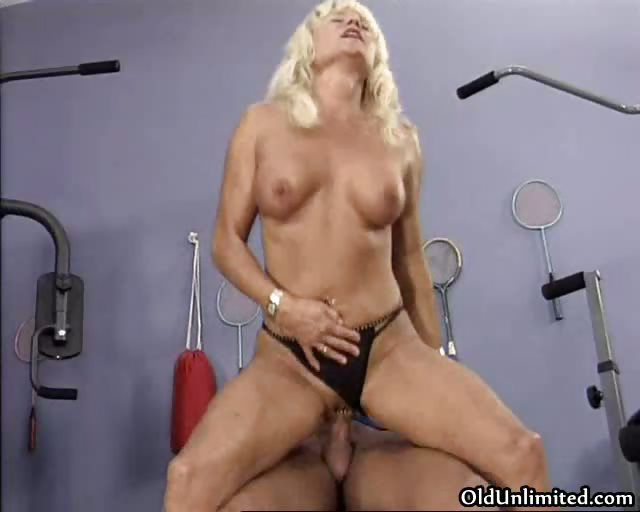 naughty blonde housewife goes crazy riding part10