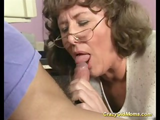 eager old mommy receives deep cunt fuck and does