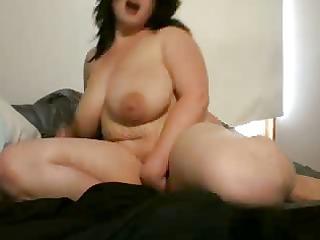 hot new big busty mother i webcam