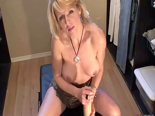 blonde mother id like to fuck squirts with huge