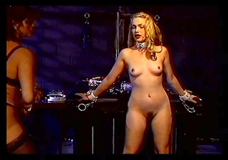 lesbian hotties using titty clamps and toys
